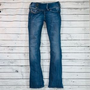Diesel CHREOCK Regular Slim Boot Cut Jeans